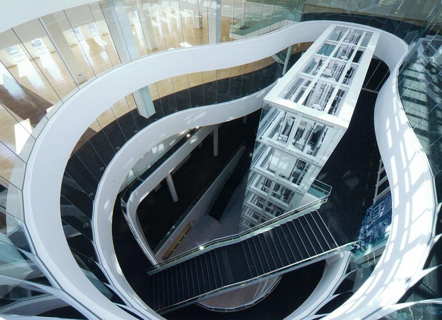 「高崎市立中央図書館」の画像検索結果